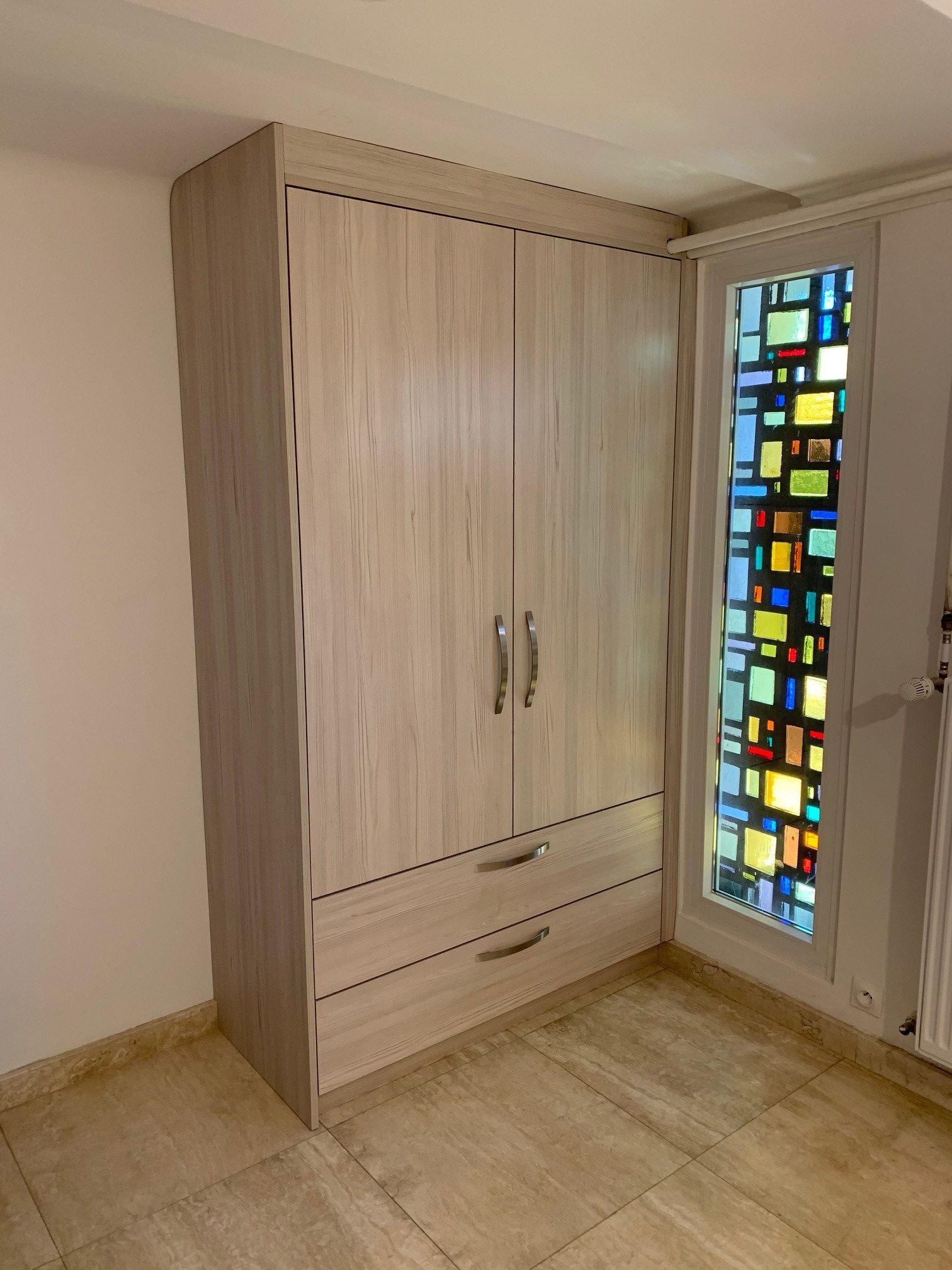 placard décor bois